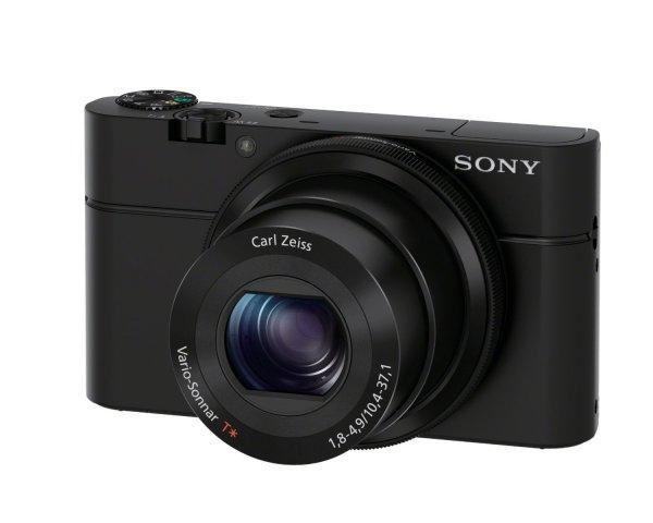 Sony DSC-RX100 Cyber-shot Digitalkamera (20 Megapixel, 3,6-fach opt. Zoom, 7,6 cm (3 Zoll) Display, lichtstarkes 28 - 100 mm Zoomobjektiv F1,8 - 4,9, Full HD, bildstabilisiert) schwarz für 398€ @Amazon.uk