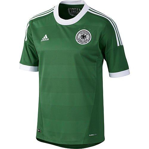 DFB Trikots 2012 in weiß und grün