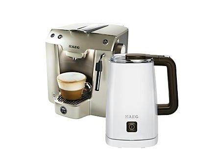 AEG LM 5250 Lavazza A Modo Mio (Kaffeemaschine + Milchaufschäumer MS 5000 + 12 Kapseln) @ Saturn.de für EUR 44,00
