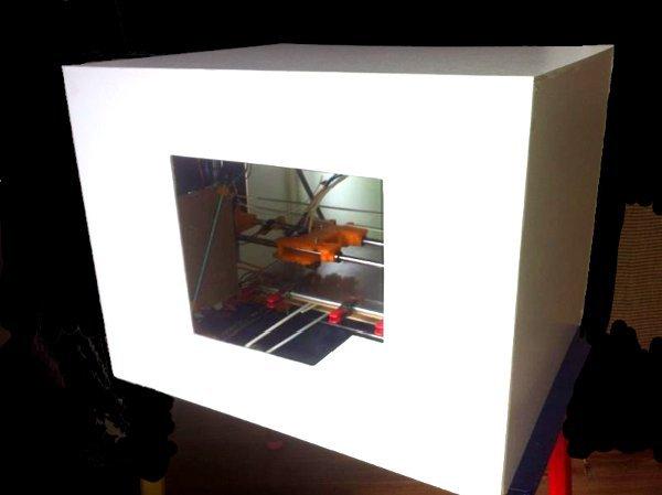top 3D Drucker - 595€ als Bausatz, vorgefertigt möglich.