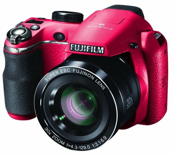 "Fujifilm FinePix S4500 Bridgekamera (14 MP, 30x Zoom, 3"" Display) in rot für 123,55 € @Amazon.co.uk"