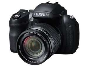 Fujifilm FinePix HS30EXR Bridge-Kamera (16 Megapixel, 30-fach opt. Zoom, 3 Zoll Display, bildstabilisiert) für 228,09 € @Amazon.co.uk