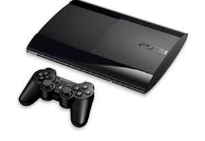 PS3 500GB + The Last of Us + Fifa 14 [@lokal Expert Schrobenhausen]