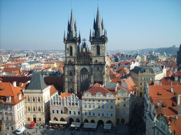 Reise: Langes Wochenende 4 Tage Prag ab Düsseldorf (Flug, Transfer, gutes 3* Hotel) 131,- € p.P. (April)
