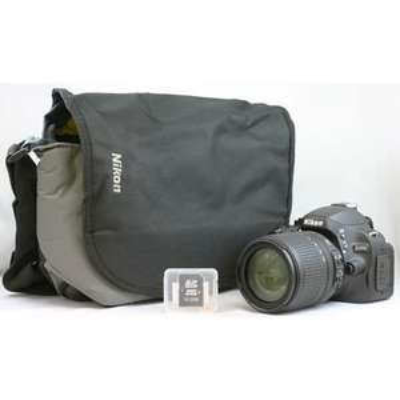 Nikon D5100 Kit 18-105 mm VR mit Tasche & 16GB SD für 509€
