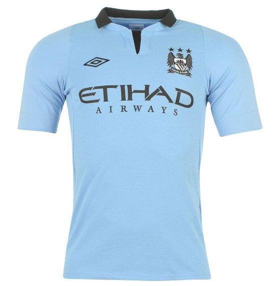 Manchester City Heimtrikot von 2012 für 34,99€