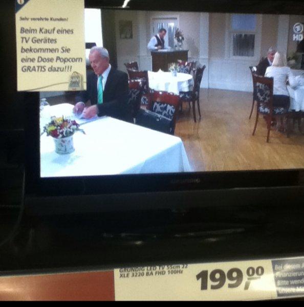 [Real] GRUNDIG LED TV 55cm 22 XLE 3220 BA FHD 100Hz + Gratis Popcorn