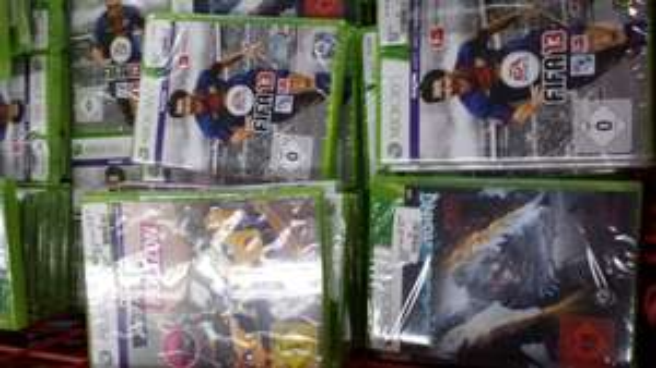 Xbox 360 Spiele wie Fifa 13 usw Regional
