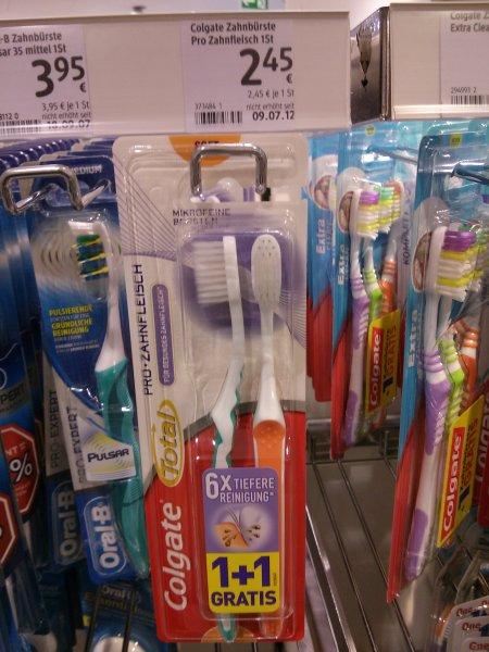 2 für 1 Colgate Total Pro Zahnfleich Zahnbürste bei DM minus 1 € mit Coupon: 72,5 Cent/St.