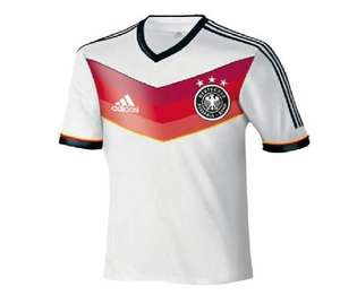 Deutschland Trikot WM 2014 für 54,95€, beflockt mit Nationalspieler für 59,90€