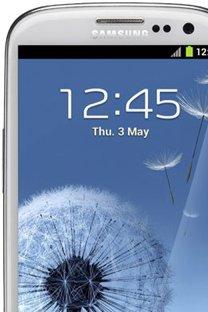 Samsung GALAXY S3 @ Jetzt vor Ort in Ihrem BASE Shop kaufen oder bequem online bestellen!
