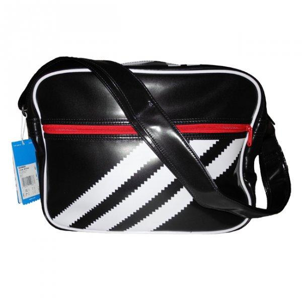 Adidas Originals Linear Airliner Umhänge Tasche für 28,80 Euro inkl. Porto