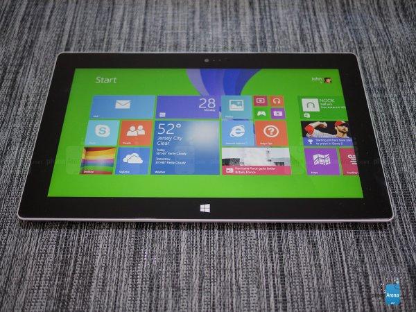 Surface 2+Tastatur+micro SD+25€ Windows Store Guthaben