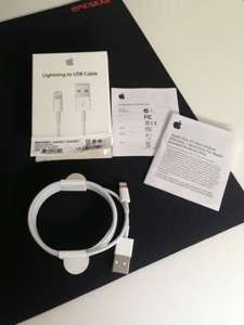 Original Apple MD818ZM Lightning zu USB-Kabel @ Amazon für 10 EUR (Prime) bzw. 13 EUR (Idealo: 29,00 EUR)