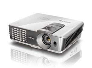 Benq W1070 3D Full HD DLP Projektor Beamer für 666 € Euro @ Amazon
