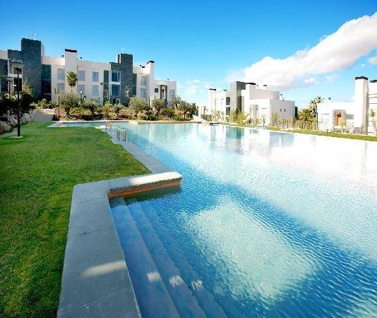 München - Alicante inkl. 4 Sterne Golf Resort für 163 €