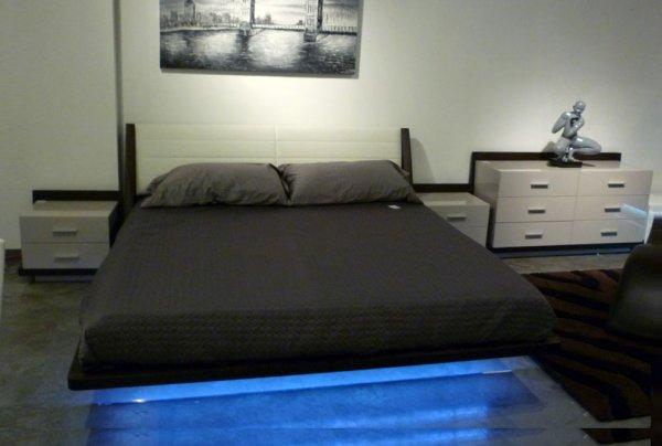 5m RGB LED Strip 5050 SMD + 44 Key Fernbedienung + Netzteil 12V aus D