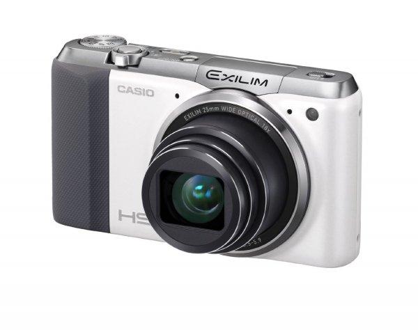 Casio Exilim EX-ZR700 Digitalkamera (16,1 Megapixel,(3 Zoll) Display, 36-fach Multi SR Zoom, Triple Shot, HDR) weiß für 149€ @Amazon.de