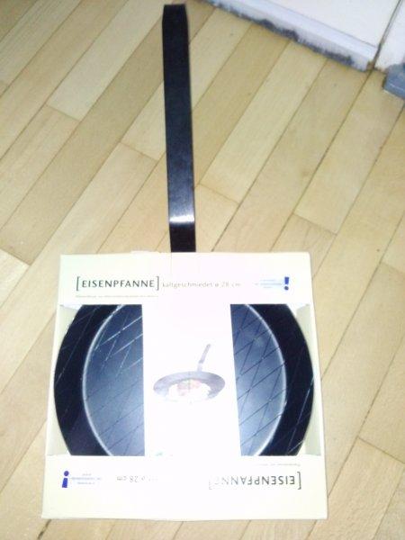 [Lokal]geschmiedete Eisenpfanne 28cm Aldi Süd 7.99€