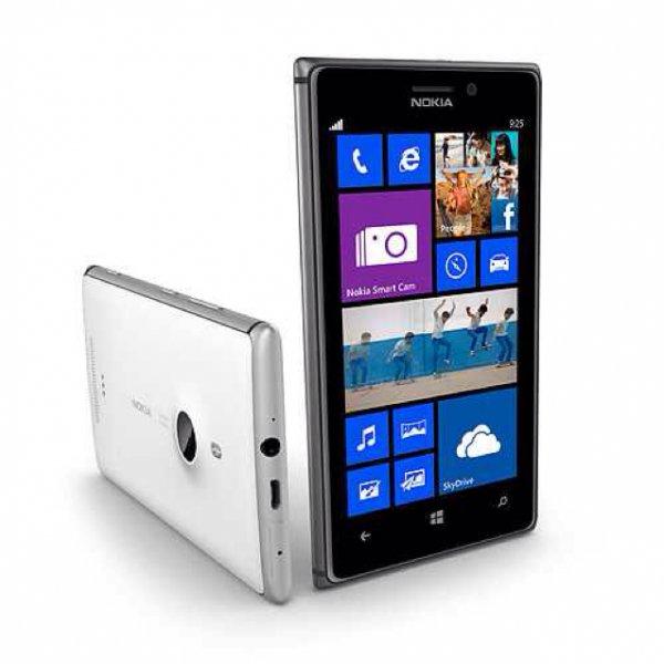 Nokia Lumia 925 in weiß versandkostenfrei für 299,99