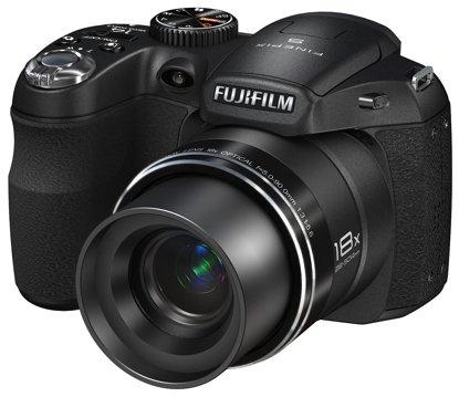 FUJI FINEPIX S2980 + 16GB + LG + 4 x 2800er AKKUS + TASCHE DIGITALKAMERA