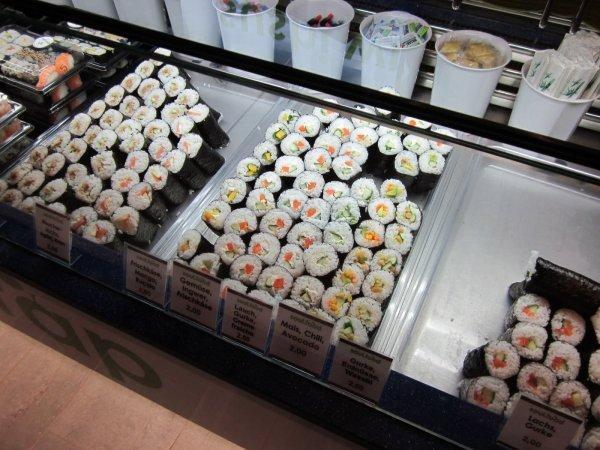 [lokal München] 6 Sushi-Wraps (handgroß) + 2 x 0,5l Softdrink für 8,90€ @ Groupon