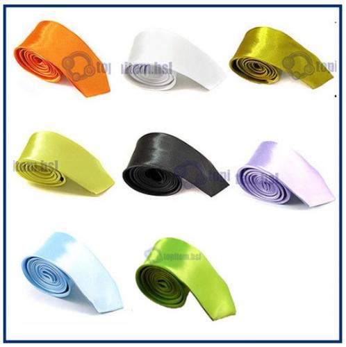 Schmale Krawatte aus Seide-Polyester-Mix, verschiedene Farben