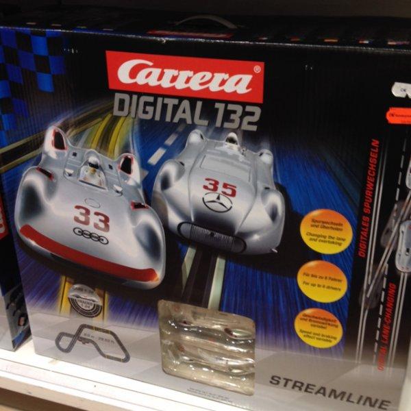 [lokal Karstadt Braunschweig] Carrera Digital 132 Streamline