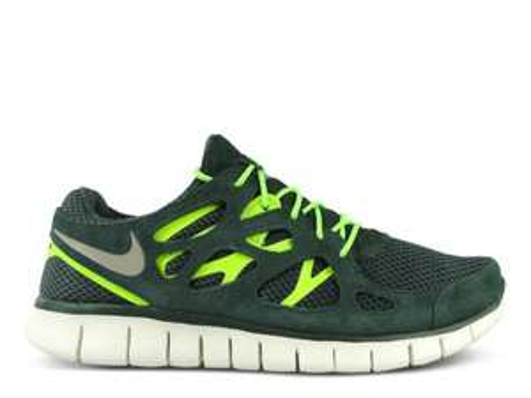 Nike Free Run 2+ (grün oder grau) für nur 49,99€ + 3,95€ VSK @Engelhorn
