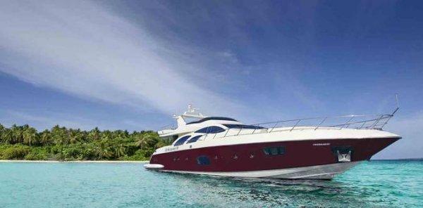 Luxusyacht: Six Loveboat Barcelona zum Schnäppchenpreis! 3 Tage zu zweit ab nur € 149, gültig bis Dezember 2014