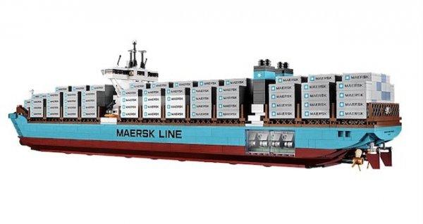 (LOKAL) Lego 10241- Maersk Triple-E-Klasse für 129,99 €