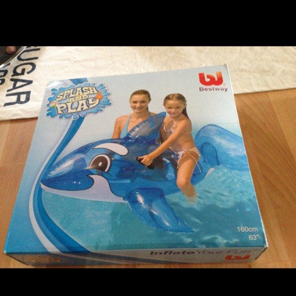 [LOKAL HH] Spieltier Wal von Bestway für 3,35 EUR bei Max Bahr Wandsbek