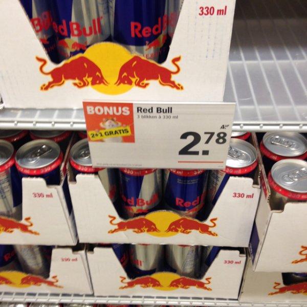 3x Red Bull kaufen, 2 zahlen( Albert Heijn in Roermond)