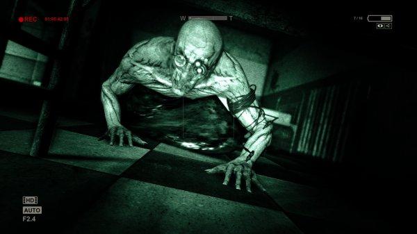 (PS4) Outlast - Survival-Horror-Spiel ab Februar für PS4+ Mitglieder kostenlos