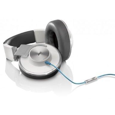 AKG K551 Over-Ear Kopfhörer mit Apple iPhone Steuerung und Mikrofon weiß/silber @Amazon Blitzangebote