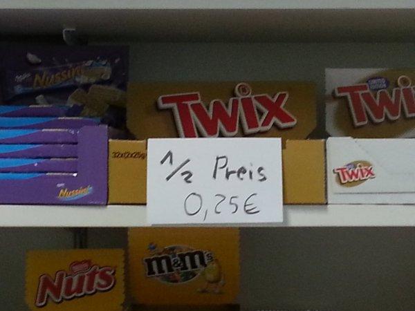 (Lokal hochschule darmstadt) Twix 0.25 €