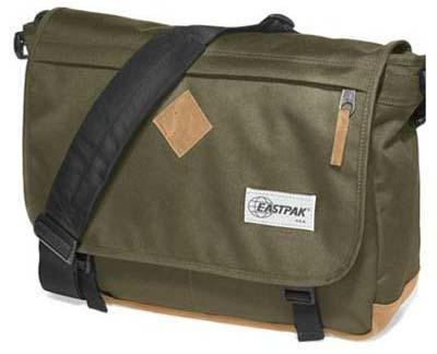 Eastpak Messenger-Bag / Umhängetasche:  DELEGATE into the out khaki
