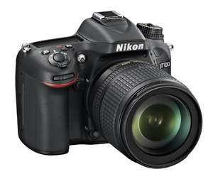 Nikon D7100 Kit 18-105 mm 949€ @ Mediamarkt