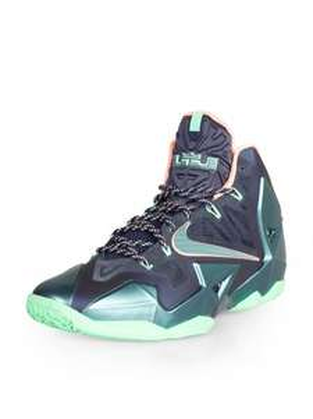 Nike Basketballschuhe Lebron XI / Hyperdunk 2013 / Kobe 8 / Jordan -50%
