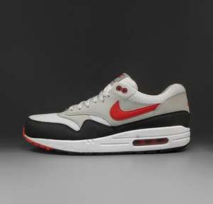 Nike AIR MAX 1 ESSENTIAL >> 109,90 statt 134,90 €