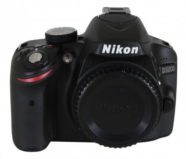 Nikon D3200 Body - Amazon WHD