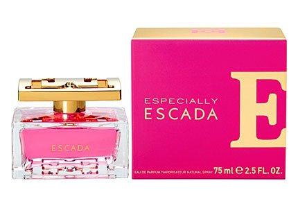 Douglas: Valentinstaggeschenk - Especially Escada (EDP 30 ml) + gratis Escada Herz-Beauty-Bag + 2 weitere Geschenke für 34,99