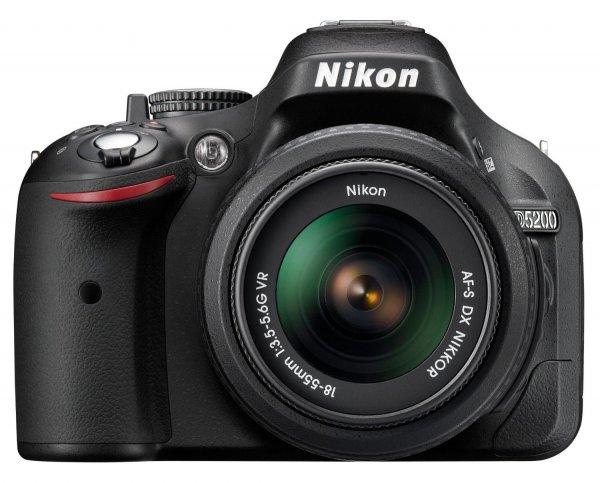 @Amazon-Warehouse Nikon D5200 Kit 18-55mm DSLR