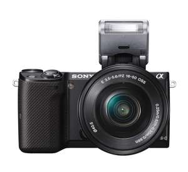 Sony NEX-5TLB Systemkamera (16,1MP Exmor APS-C CMOS Sensor, 3 Zoll LCD-Display, Full HD, WiFi, NFC) inkl. SEL-P1650 schwarz [Ersparnis ca. 14% ggü. idealo.de]