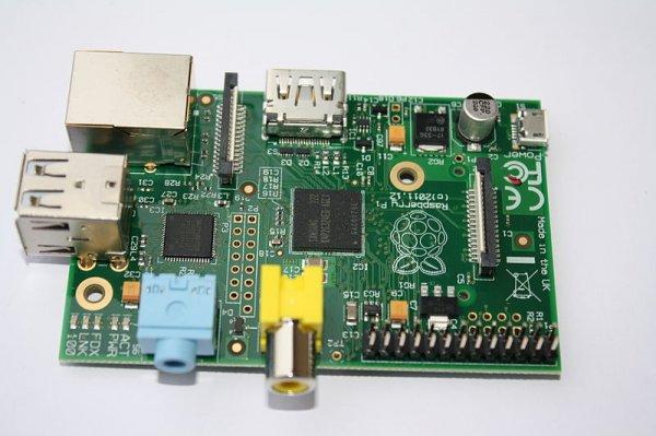 Raspberry Pi Modell B -> 500 Stück zu je 29,90€