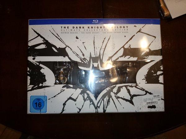 [Lokal] Media Markt Weiterstadt - Dark Knight Trilogy Ultimate Collectors Edition