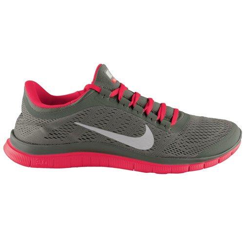 Nike Free 3.0 V5 Herren olive/rot nur 69,90€ inkl. Versand bei tennis-point.de