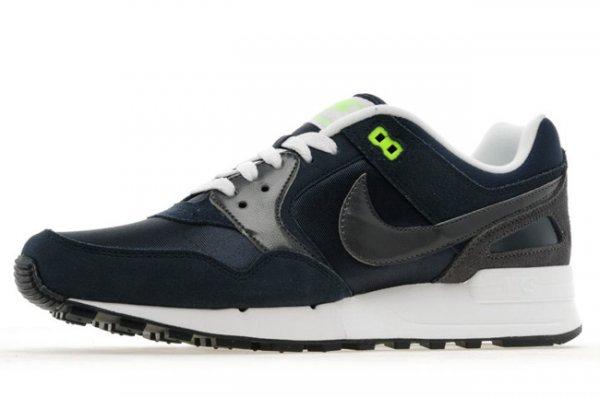 [outfitter.de] Nike Air Pegasus 89 Navy oder Schwarz
