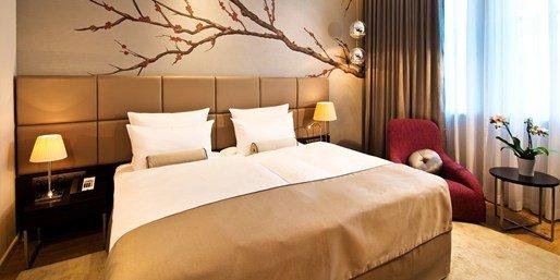 [Lokal Berlin] Bestes neues Hotel mit Crémant für 2, -56% @TRAVELZOO