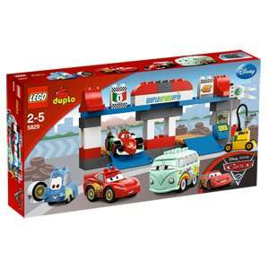Lego Duplo 5829 Cars Großer Boxenstopp